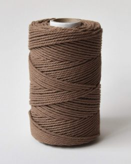 2,5 mm macrame touw 3-ply twisted gedraaid in sticky toffee