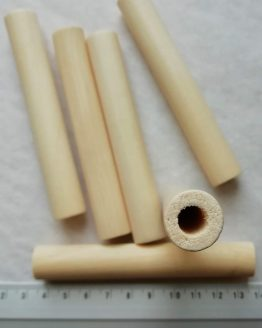 Set van 5 kralen van beuken hout in staafvorm 100 x 15 mm met een (groot) gat van 8 mm, ideaal voor dikke koorden of meerdere dunne koorden Set of 5 wooden beads (beech wood) 100 x 15 mm with a 18mm (big) hole, ideal for thick rope or multiple thinner ropes big holed beads 100 x 15 mm